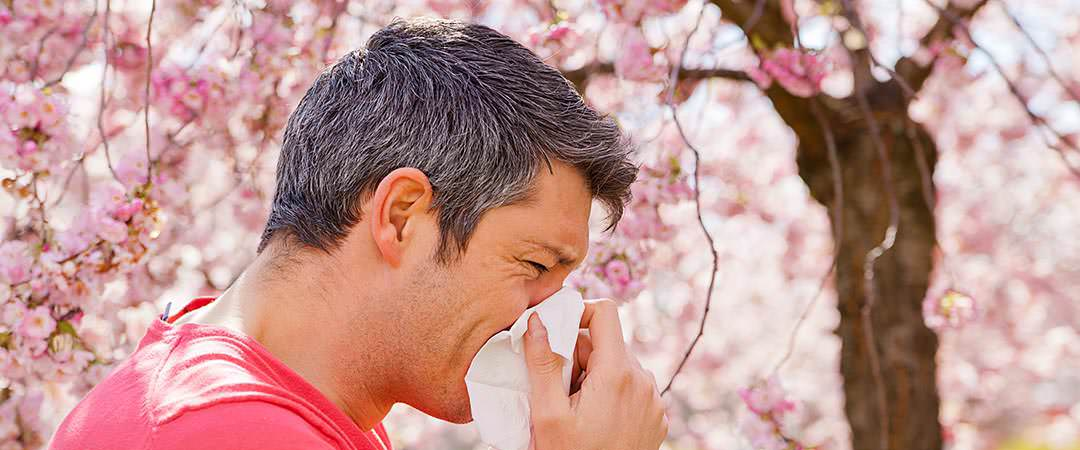 Man suffering from allergies